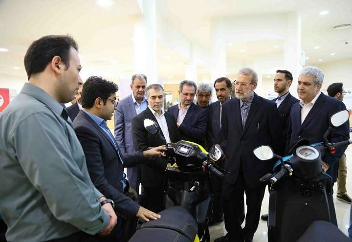 دیدار علی لاریجانی از پارک فناوری پردیس